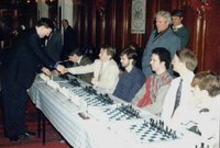 Des Forson shaking hands with Ray Keene; Belfast City Hall 1991